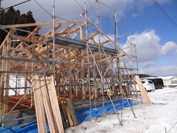 九戸村 公共工事 若者住宅建て方